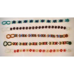 Bracelet bead daisy chain