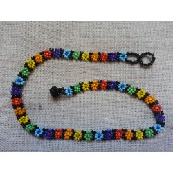 Necklace bead daisy chain rainbow