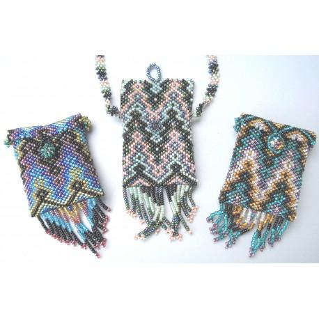 Bead purse necklace regular